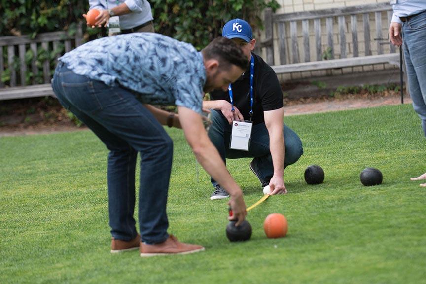 corporate event team building photography minnesota lawn bowling brit's pub minneapolis